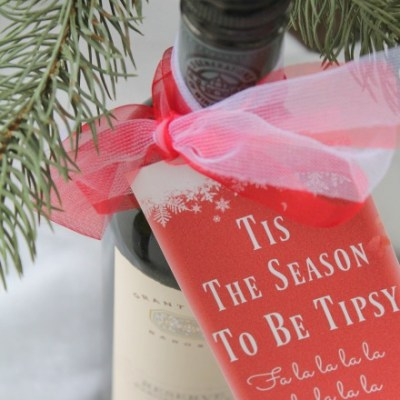 Christmas Wine Tags: The Best DIY Gift For Wine Lovers