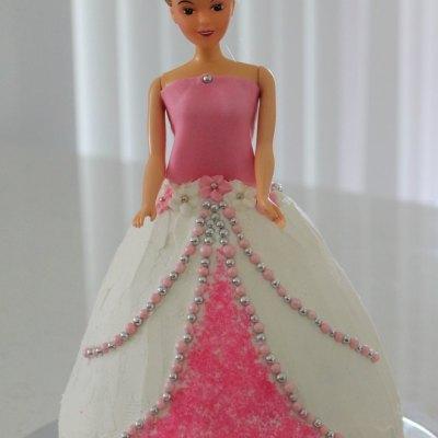 How To Make A Princess Cake The Easy Way