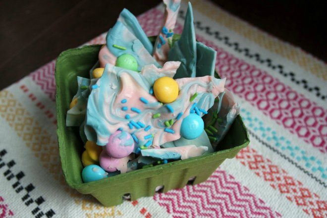 Unicorn chocolate bark