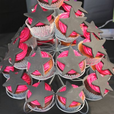How To Easily Make Sensational Rockstar Cupcakes