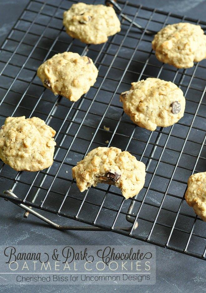 banana-dark-chocolate-oatmeal-cookies