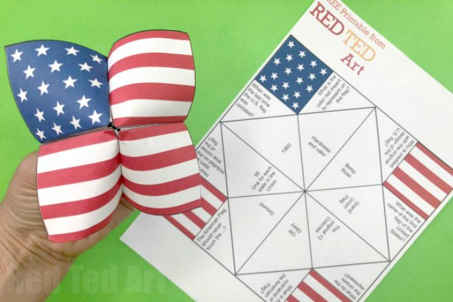 American Flag Cootie Catcher