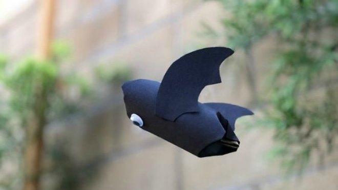 flying-paper-tube-bat-craft-2