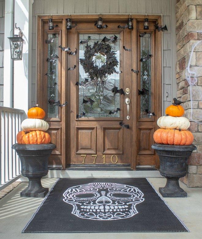Spooky Halloween front door ideas