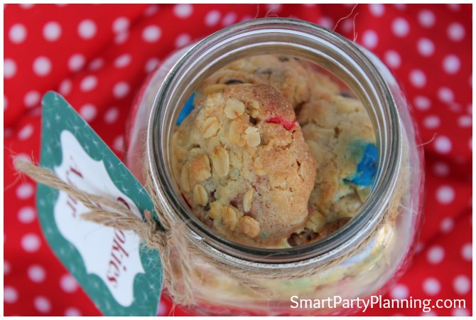 cookies in a jar with an open lid