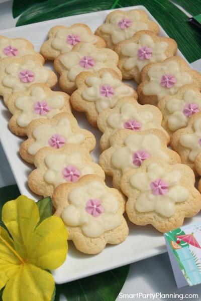 Plate of tropical flower cookies