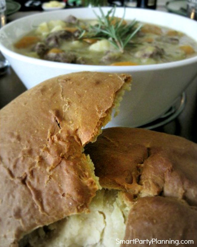 Stew served with soda bread