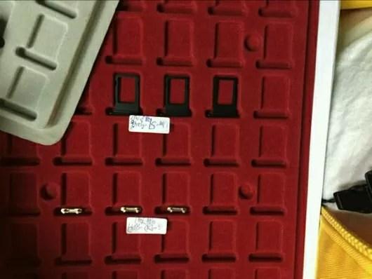 iPhone7の新色・ブラックのSIMトレイの画像がリーク!
