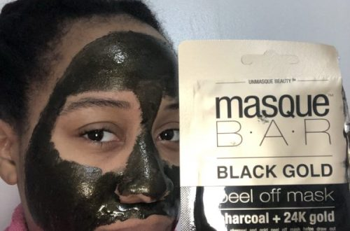 Full Application of the MasqueBar Black Gold Face Mask