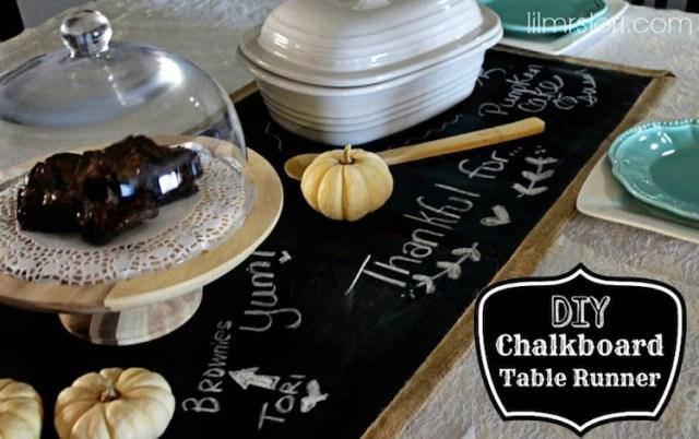 DIY Chalkboard Table Runner | #diy #thanksgiving #thanksgivingtablescape