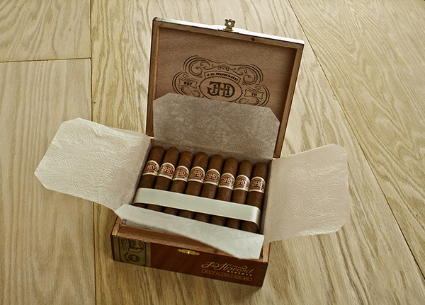 Cigar Packaging 07