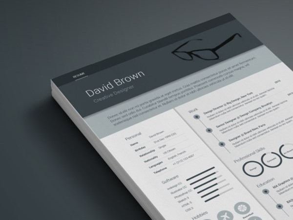 Free Material Resume Template with Creative Design