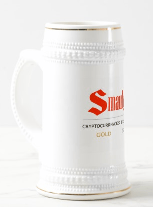 Smaulgld Beer Stein White and gold 22 0z