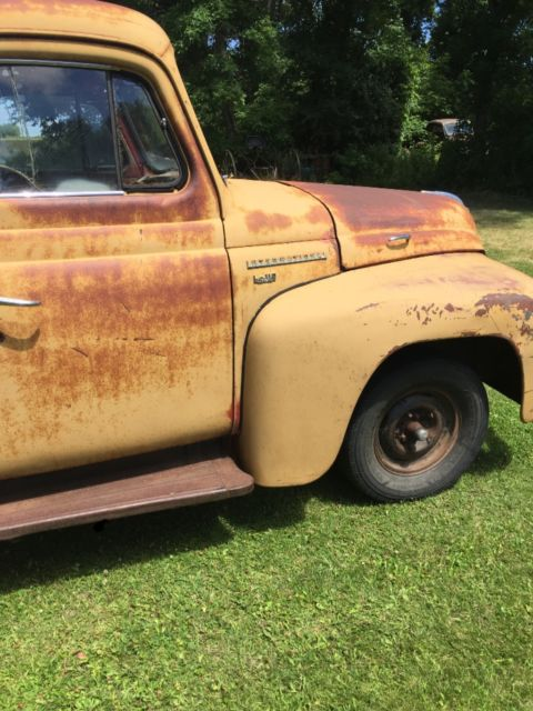 International Parts 1950 Pickup