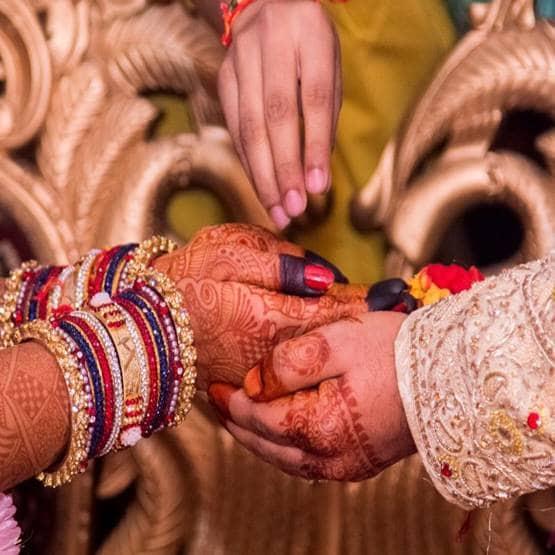 बहुत भाग्यशाली लोगों को मिलती हैं इन चार गुणों वाली पत्नियां