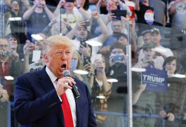 Indians likely to benefit as Trump unveils new immigration ...