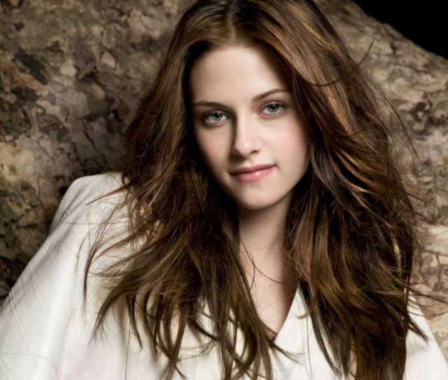 Kristen Stewart Pours Her Heart Out In A Poem For Pattinson