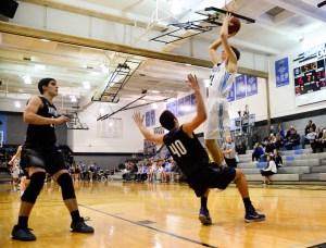 Boys' Basketball Preview: Leavenworth