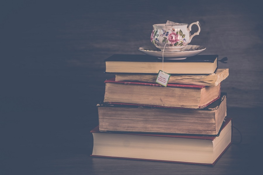 14 Books Every Entrepreneur Should Read Before 2018 Ends