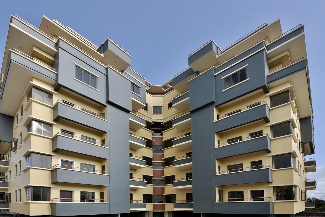 Real Estate - Smepeaks