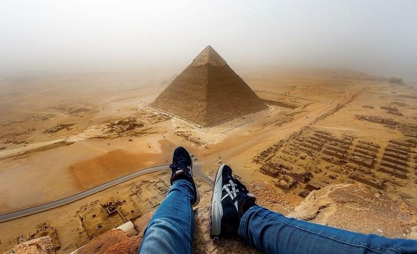 Egypt - pyramidsabove - Smepeaks