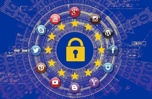 FG regulate social media