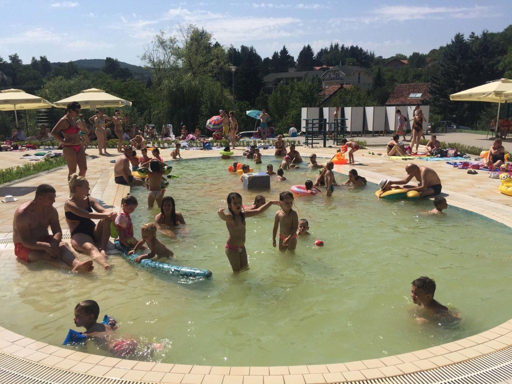 Banja vrdnik dečji bazen
