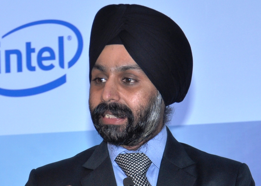Dell brings Cloud Based Campus and Data Center Networking Solutions