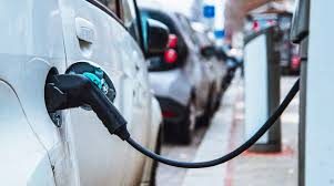 Electric Vehicles Market to Experience Double Digit Growth YoY Till 2020: ASSOCHAM-EY Study