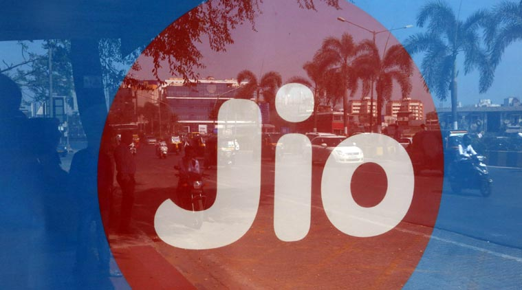 Jio-RCom Spectrum Sharing Deal Free From AGR Liability: Report