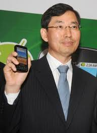 Samsung Leads India's Premium Smartphone Market