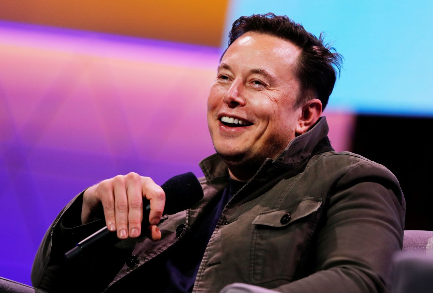 Tesla CEO Elon Musk Jokes Around Volkswagen and Porsche