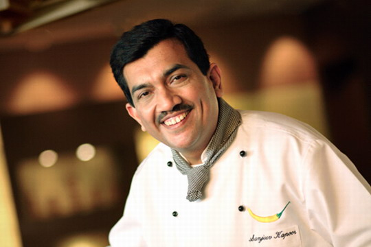 Taj Group Partnered with Chef Sanjeev Kapoor to Supply 5000 Meal Boxes for Daily Wage Labours Across Mumbai