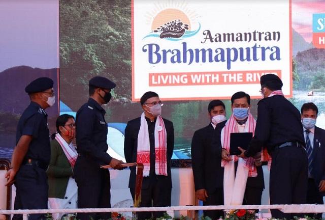 Assam CM Meets Brahmaputra Aamantran Abhiyan Team at Majuli