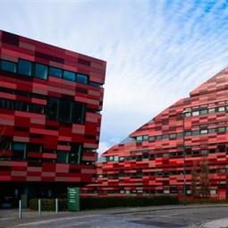 Red Architecture-Frank Gresham