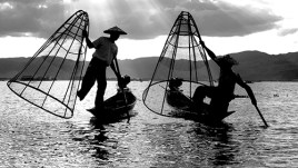 FISHERMEN ON INLE LAKEJPG