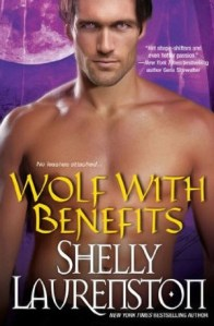 Review: Wolf with Benefits by Shelly Laurenston