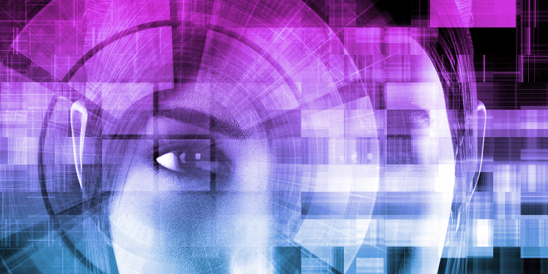 Zoho Analytics Woman eye SMF360 Ingenio Futuro - SMF360 Ingenio Futuro