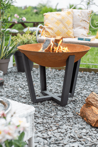 La Hacienda - Icarus Medium Firepit with Steel Legs