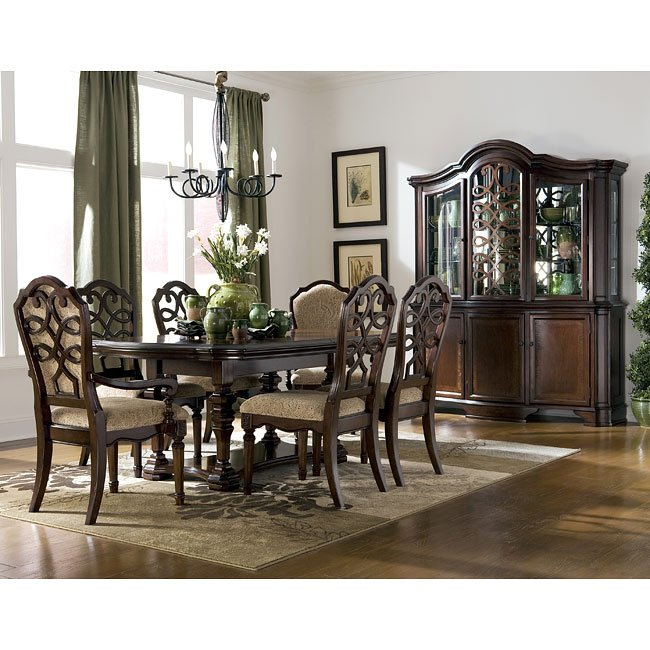 Flemingsburg Dining Room Set By Signature Design By Ashley