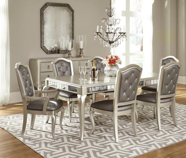 Diva Dining Room Set