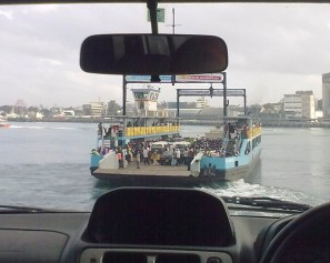 Traghetto a Mombasa