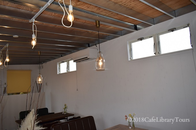 4 天井インテリア