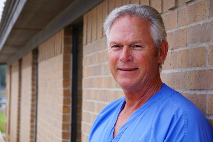 Dr. Andrew Kauffman, DDS