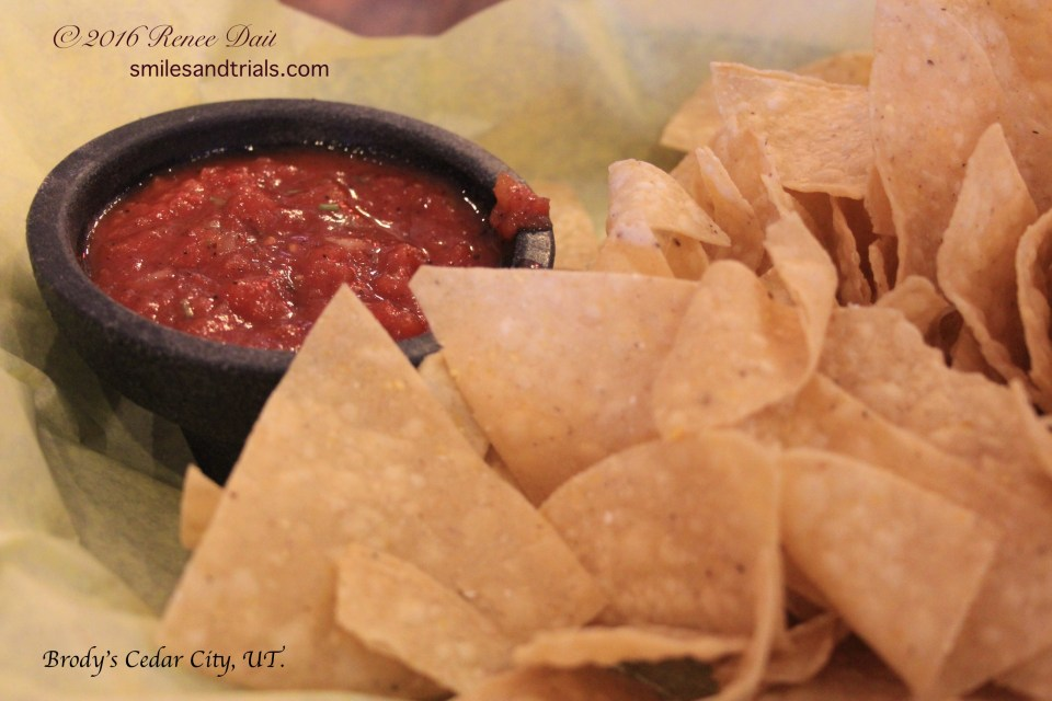 2053 chips and salsa