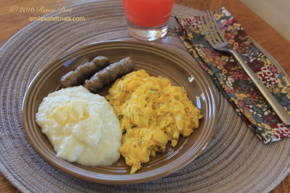 5629 grits and eggs