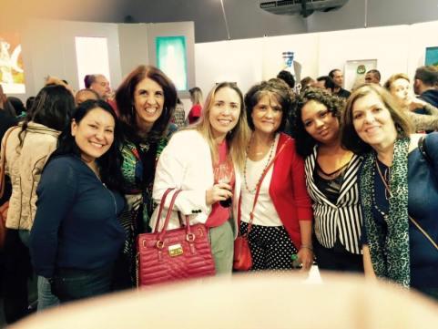 Parte do grupo #Vivapositivamente reuniao na exposição com a diretora de marketing da marca no Brasil