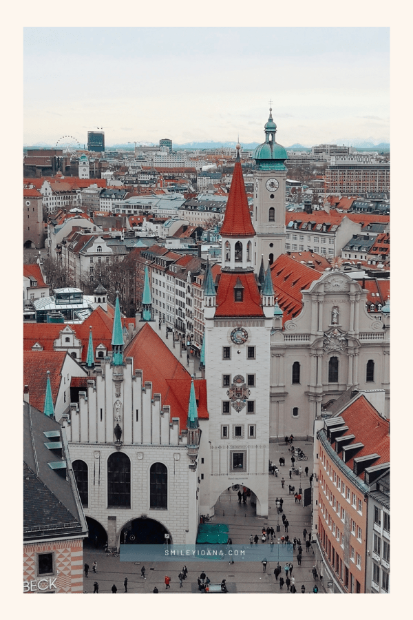 smileyioana.com | 5 Munich Landmarks Phone Wallpapers - Old Town Hall