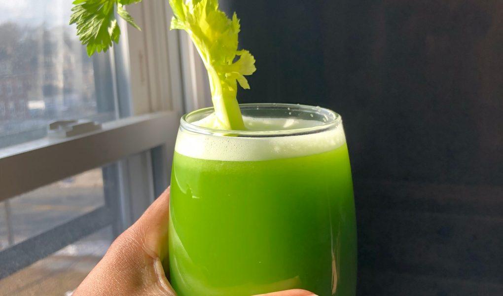 I Tried Celery Juice for 7 Days Straight    - v