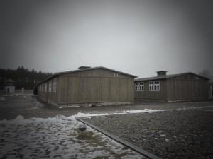 Les baraques où dormaient les prisonniers